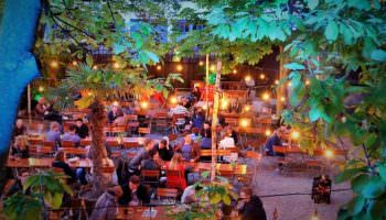 Biergarten – Leibniz Lounge : Ferientreffen