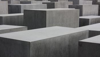 Anmeldung – Das Holocaust-Mahnmal in Berlin
