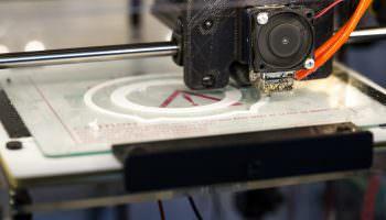 Anmeldung – 3D Druck – Medienhype oder industrielle Revolution? | Prof. Dr.-Ing. Claus Emmelmann, Leiter des Instituts für Laser- & Anlagensystemtechnik der TU Hamburg, Fraunhofer Institut, CEO des Hamburger LZN
